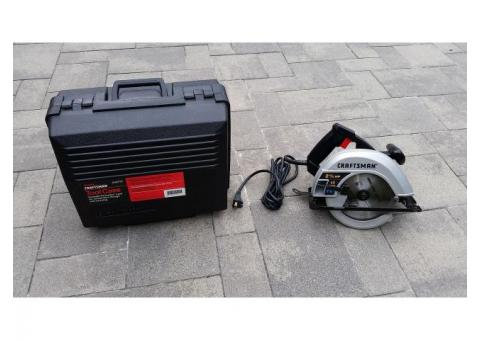 CRAFTSMAN Corded Circular Saw with case
